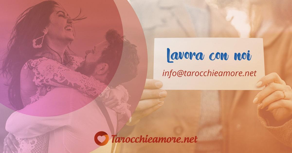 Lavora come cartomante per Tarocchi e Amore